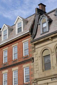 How Do You Replace Asphalt Roof Shingles
